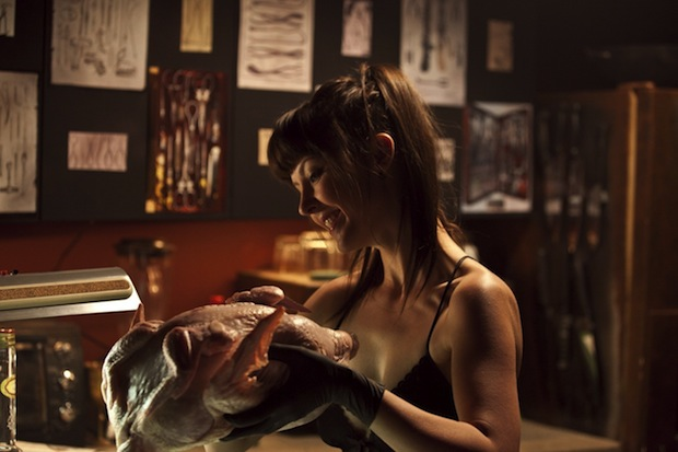 american_mary_5_20121210_1274544680