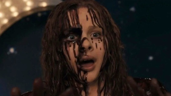 Chloe-Moretz-in-Carrie-2013-Movie-Image-2