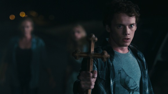 Anton_Yelchin_in_Fright_Night_desktop_1900x1200_free-wallpaper-22168
