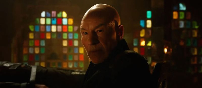 X-Men-Days-of-Future-Past-Trailer-Patrick-Stewart-as-Professor-X-in-Future-with-Wolverine